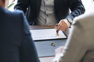 que-prevoit-larticle-233-du-Code-civil-apres-un-Divorce-accepte